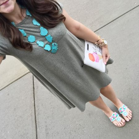 When you need an easy-peasy day, throw on a swing dress! While mine's LuLaRoe, I've linked options in several colors under $30! Recreate this look👉🏻 http://liketk.it/2qR9n @liketoknow.it #liketkit