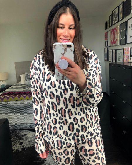 Cozy weekend vibes ✌🏼✌🏼✌🏼  Leopard set from @emersonroad // http://liketk.it/3cAek #liketkit @liketoknow.it