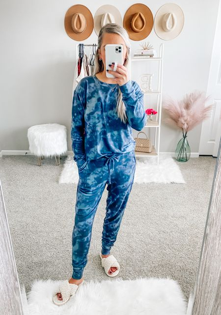 SALE ALERT 🚨 my lounge set and slippers are on major sale!!! Wearing a small in both pieces! . . . Lounge set, pajamas, slippers   #LTKSeasonal #LTKHoliday #LTKsalealert