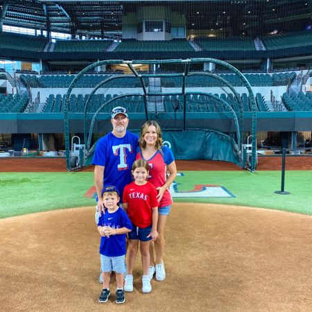 Thank you @globelifefield for an amazing #FamilyFieldDay! We had the best time playing on the field. Brought me back to my childhood when my parents would take me to a @rangers game. I would've flipped out as a kid if I got to throw a ball on the field or round the bases. Thank you for giving my kids that opportunity today! #FamilyFun #arlingtontx #TexasRangers #baseballislife #DallasMom #Arlington http://liketk.it/3iYDV #liketkit @liketoknow.it