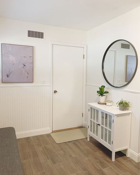 Entryway decor http://liketk.it/3jEcr #liketkit @liketoknow.it #LTKhome @liketoknow.it.home