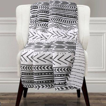 Throw blanket boho throw blanket Aztec throw blanket tassel throw blankets boho home decor simple home decor minimalist style minimalist home minimalism  @liketoknow.it #liketkit http://liketk.it/2KoHi #LTKhome #LTKspring #LTKunder50 @liketoknow.it.home
