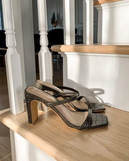 Heels http://liketk.it/3dVqC #liketkit @liketoknow.it classic minimalist