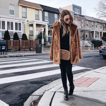 The first time I've worn something other than my down parka in weeks 😂🥶 http://liketk.it/2zJyT #liketkit @liketoknow.it