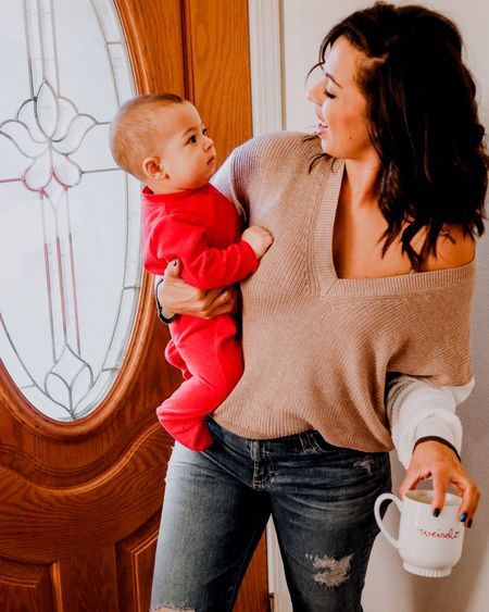 """""""umm mom...where do you think you're going?"""" . I swear this little boy has not let me put him down in days, but it's good to get out by yourself every once in a while . Since Eric was home I did the gym solo and the #momguilt was creeping but I didn't let it get to me. I even did an extra 20 mins of cardio because I NEED the gym . It's not about the scale, its my me time, my decompress time, my stress relief time . Self care is more than just spas, its anything you do for YOURSELF that makes you happy . Let me know some non spa like self care things you donduring the week ❤ . . .  @liketoknow.it #liketkit http://liketk.it/2Jx9B Screenshot or 'like' this pic to shop the product details from the LIKEtoKNOW.it app, available now from the App Store!"""