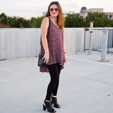 Easy fall transition with peep toe booties from @emandleewilla and a tunic in my favorite #Aggie maroon! Shop the look: @liketoknow.it www.liketk.it/wAoo #liketkit #14daysofstyle