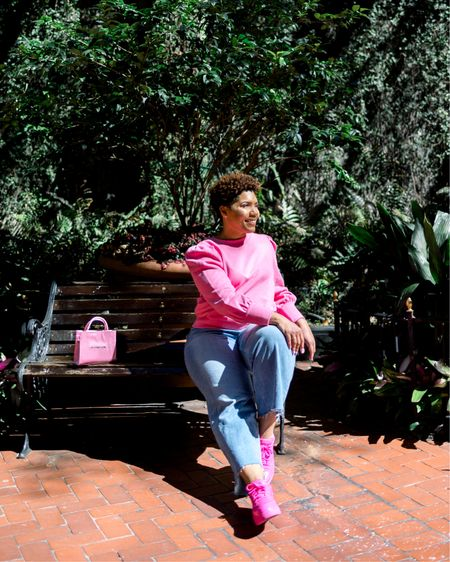 Sitting pretty in pink! Loft has 40% off today! T Shop your screenshot of this pic with the LIKEtoKNOW.it shopping app http://liketk.it/39XG7 @liketoknow.it #liketkit