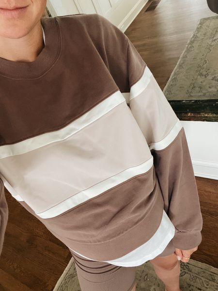 Colorblock crew neck sweatshirt // size small + 6 colors // not bump friendly with a tighter waistband   #LTKunder50 #LTKSale