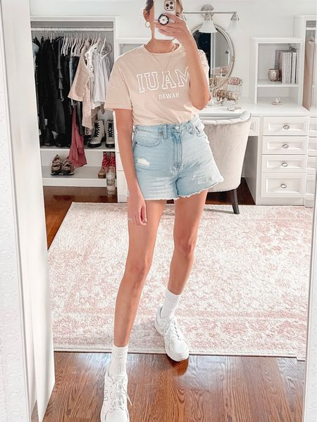 Madewell mom shorts, white sneakers, Maui tee, shein, casual outfit, summer outfits, fall outfits   #LTKunder50 #LTKstyletip #LTKunder100