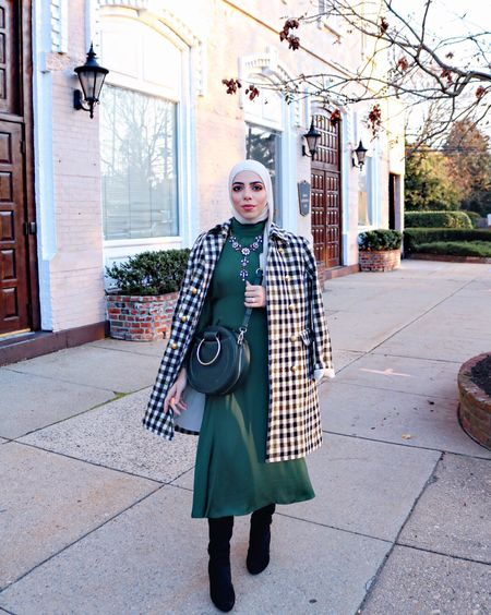 Just another midi dress because I'm obviously obsessed with them for this season!   http://liketk.it/2tqPU #liketkit @liketoknow.it Follow me in the LIKEtoKNOW.it app to shop this look #LTKholidaystyle #LTKholidaywishlist #LTKitbag #LTKsalealert #LTKshoecrush #LTKstyletip #LTKunder50 #LTKunder100