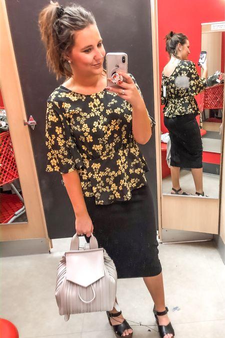 Work wear 🌸 floral 🌸 pencil skirt http://liketk.it/2KZzL #liketkit @liketoknow.it #LTKunder50 #LTKspring #LTKworkwear