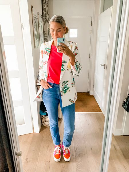Outfits of the week-Wednesday   Jeans and a fun blazer and my new Vans for a day in the office. Wearing a large top and blazer and a 29/34 jeans. Vans are tts.   #LTKeurope #LTKworkwear #LTKshoecrush