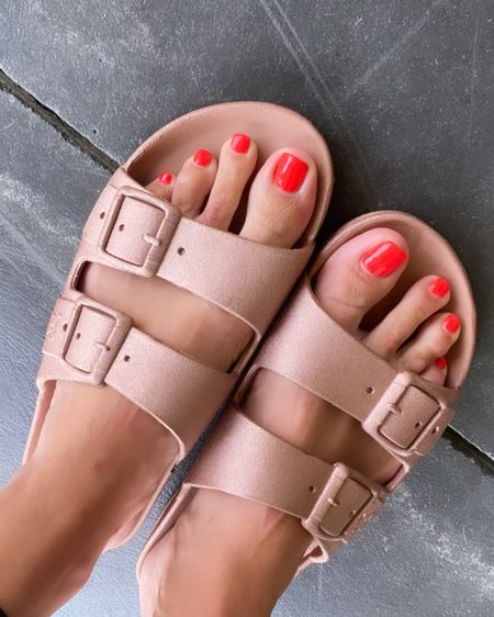 The most comfortable casual slides for summertime fun! This is the copper shade (they come in 4 colors!) and they are even SCENTED! They smell like tropical candy! I love them bc I can get them wet outside by the pool! http://liketk.it/3kVFw #liketkit @liketoknow.it @hsn #ad #HSNinfluencer #LTKshoecrush #LTKunder50 #LTKswim