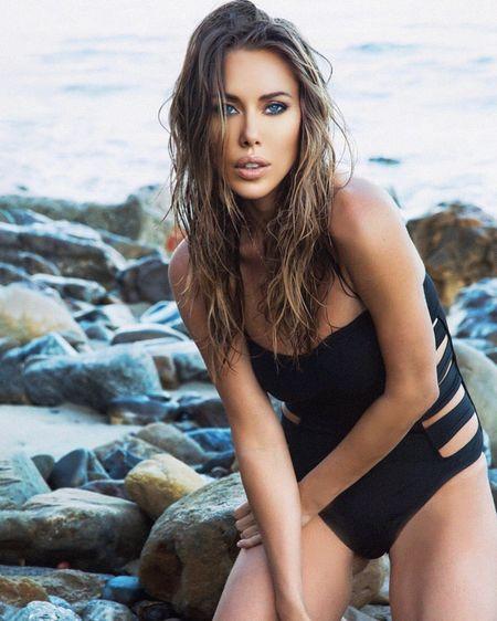 Summer time, one piece black swimsuits never go outta style🖤☀️ xo @natashakeymusic http://liketk.it/2Qt1f #liketkit @liketoknow.it #LTKspring Shop my daily looks by following me on the LIKEtoKNOW.it shopping app #LTKstyletip #LTKsalealert