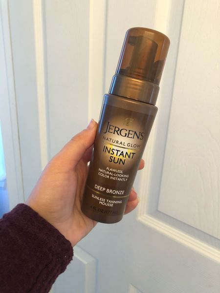 Natural looking at-home tan with Jergens tanning mousse. Great for fall/winter!  #LTKunder50 #StayHomeWithLTK #LTKbeauty