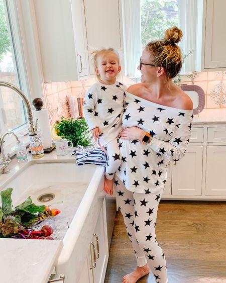 So Basic ⭐️🖤 Mommy & Me Matching while washing our groceries with @branchbasics !! http://liketk.it/2NE3a #liketkit @liketoknow.it #BranchBasics #Heathy #Clean #TossTheToxins #mommyandme #matching #pajamas #StayHomeWithLTK #LTKfamily #LTKhome #branchbasics