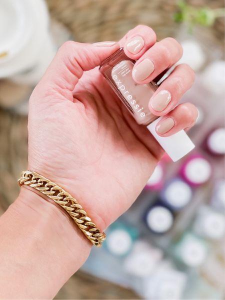 Fall nails, fall nail polish, Essie, chunky bracelet, gold bracelet   #LTKstyletip #LTKunder50 #LTKbeauty