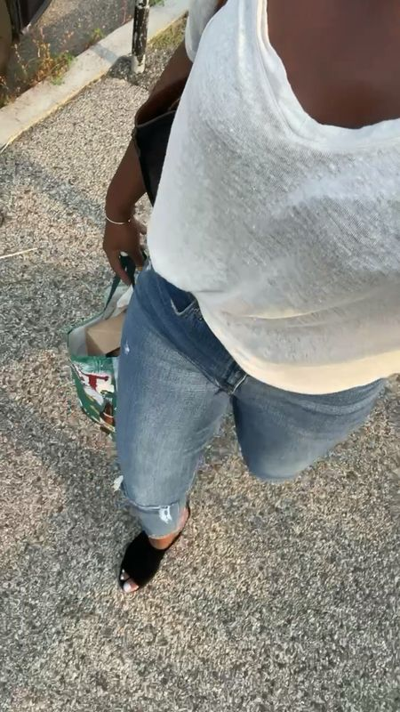 Curve love high rise mom jeans from Abercrombie in medium ripped wash size 30L paired with relaxed Tee and slides   #LTKcurves #LTKstyletip