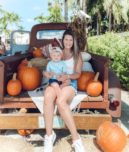 Happy Monday! We had some much fun at the pumpkin patch this weekend! I left with the cutest pumpkin of all 🎃   #LTKHoliday #LTKbaby #LTKSeasonal
