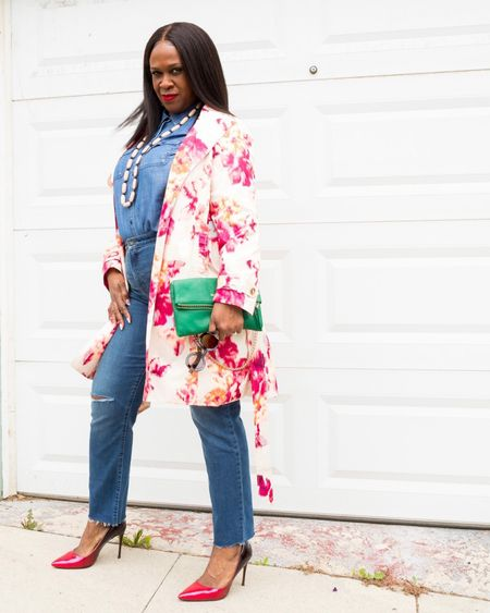 My Tuesday consists of a floral vibe with a Canadian tuxedo on the side! How's your day going, Queens!  . . Floral trench  @lovechicos  Slimming girlfriend jeans @lovechicos  . . Go to my stories for deets and to shop for your Mom, Mama, or Mommy! . . 📸 @cytherial . . You can instantly shop my looks by following me on the LIKEtoKNOW.it shopping app  . . . . . . . . #aboutalook #melaninbloggers #blackgirljoy #lovechicos #fiftyplusstyle #stylekiller #blackcreative #blackgirlswhoblog #naturallyshesdope  #blackblogger #blackinfluencerover50  #inspiremyinstagram  #stylishover50  #dontstopyourdaydream #styleblogger #aspiretoinspire  #stillevolving #mystylemystory #godsgirl #agelessstyle #fashionistaover50 #fiftyplusandfabulous   #LTKstyletip #LTKcurves #liketkit @liketoknow.it Of http://liketk.it/3evCB