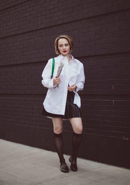 preppy vibes with my favorite green bag by Mansur Gavriel 💚  #LTKworkwear #LTKunder100