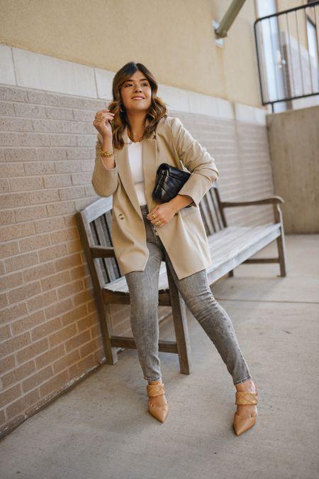 "Fall neutral denim look! Take 25% off my shoes with code ""fall25""- Express jeans, blazer, H&M, nude pumps, workwear, vince camuto. - jeans, skinny jeans  #LTKsalealert #LTKHoliday #LTKshoecrush"