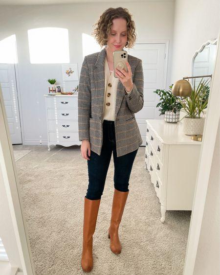 Classic fall look 🍂. Love this cotton stretch blazer by Old Navy! http://liketk.it/31D3c #liketkit @liketoknow.it #LTKshoecrush #LTKworkwear #LTKFall