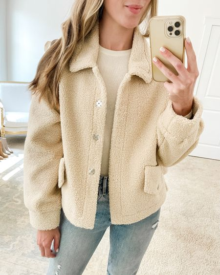 """This casual sherpa jacket is under $75 and a great option for layering with sweaters because it's oversized. Also comes in a pretty rust color! I'm wearing a small and suggest sizing down if you want a more fitted look.  I linked more fall jackets in the """"Related"""" section. Sweater shown is Everlane—a similar nsale sweater is linked.  #nsale #nordstromanniversarysale #falljackets #sherpa #sherpajacket sherpa, fall jacket, sherpa jacket, fall outfits women, casual fall outfits"""