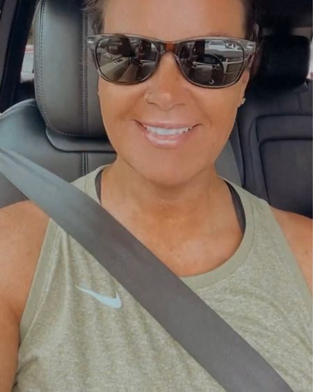 """My sports bra and top from """"where is the seatbelt location"""" stories.     http://liketk.it/3joLT #liketkit @liketoknow.it"""