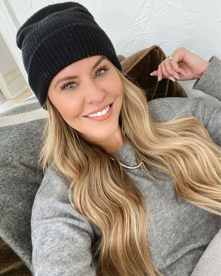 """SNOW DAY GLAM ❄️❄️❄️If Kyle asks where his beanie is, this """"is mine,"""" okay?! // FYI: My grey cashmere sweater is 62% off & under $100, PLUS @baublebar gave me a 15% off code (COURTNEY15) so you can finally grab this tennis necklace (or anything else on their site!) at a discount! http://liketk.it/38y48 #liketkit @liketoknow.it #StayHomeWithLTK #LTKunder50 #LTKunder100 #KERRentlyWearing"""
