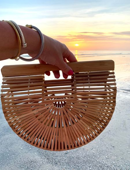 Love this bamboo clutch from amazon! It's less than $50.      #LTKunder50 #LTKitbag #LTKstyletip