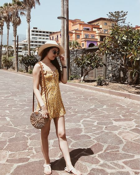 And it's finally the weekend! What are your plans? Wishing I was back in Tenerife and the only thing I had to think about was what to eat and where to go😂 #CarissaTravels Screenshot this pic to get shoppable product details with the LIKEtoKNOW.it app @liketoknow.it #liketkit http://liketk.it/2CbXn