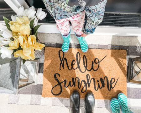 Everything is fine when there is sunshine!☀️☀️  Bring on all things springy! Found doormats & floral 50% at @hobbylobby in the same week making this doormat only $9.99.😍#hellosunshine #porchdecor http://liketk.it/3bLPT #liketkit @liketoknow.it