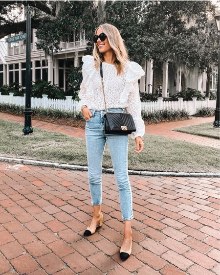 My favorite non ripped Levi's with stretch! TTS such a good wash for summer! http://liketk.it/3hoip #liketkit @liketoknow.it #LTKstyletip #LTKunder100 #LTKunder50