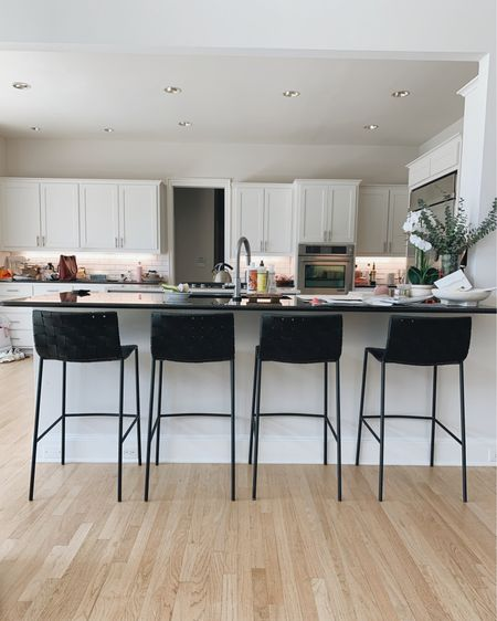 Kitchen counter stools http://liketk.it/3b1KA @liketoknow.it #liketkit #LTKhome #homedecor #homeinspo