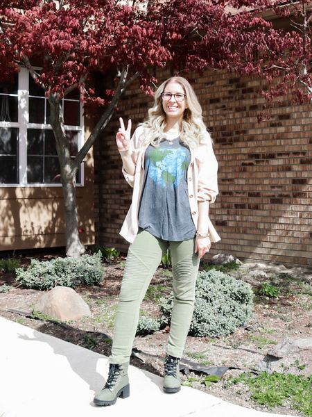 🌍 Happy Earth Day!! 🌳  I've linked this outfit and some cute #earthday tops that work year round 🌱☀️  #liketkit   #LTKstyletip @liketoknow.it http://liketk.it/3dzrN