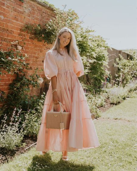 A pink floral dress for our garden parties 🤍🌸 #liketkit @liketoknow.it http://liketk.it/3hVRr #LTKstyletip #LTKshoecrush