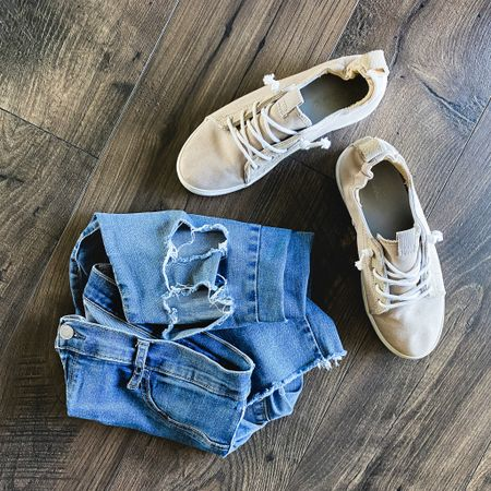 A few of my wardrobe staples. A good pair of distressed everyday jegggings, and slip on comfy mom sneakers. These two pieces make up 95% of my mom wardrobe! Follow me on the LIKEtoKNOW.it shopping app to get the product details for this look and others @liketoknow.it.family #LTKunder100 #LTKstyletip #liketkit @liketoknow.it http://liketk.it/2Y3Cw