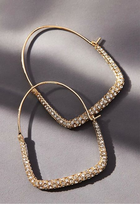 LOVE these earrings and they are sooooo lightweight! 🙌🏾  #LTKstyletip