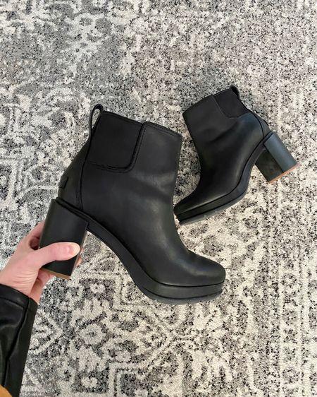 Sorel #dealalert and most sizes still available  •  http://liketk.it/2ZLqV #liketkit @liketoknow.it #thebookofcaleb #fallboots #nordstromrack #combatboots #sorel #sorelsale #fallstyle #winterboots # #LTKunder100 #LTKshoecrush #LTKsalealert #saksofffifth #saksoff5th