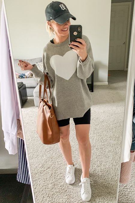 Rainy day early fall cozy outfit. Amazon finds.   #LTKstyletip #LTKunder50 #LTKunder100