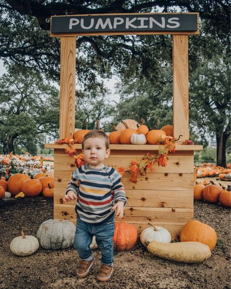 Move over, Jack. There's a new Pumpkin King in town. 🎃 🍂     Screenshot this pic to get shoppable outfit details with the LIKEtoKNOW.it appor click the link in my bio. http://liketk.it/2xQ34 @liketoknow.it @liketoknow.it.family #liketkit #LTKfamily #LTKkids #LTKbaby