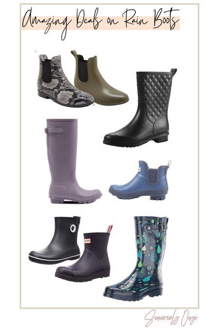 http://liketk.it/3fMYh #liketkit @liketoknow.it   Rain boots, hunter boots, hunter rain boots, raing boots for her, cute rain boots, fashionable rain boots, comfy rain boots, target rain boots, amazon rain boots, stylish rain boots