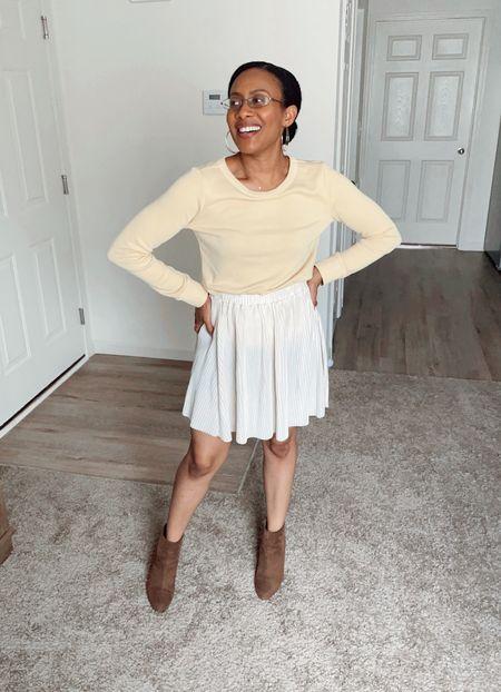 The bright side of Fall🍂 #yellow #fallvibes #fall #falloutfit #skirt #booties #heels #sweater #sweatshirt #warm #cozyoutfit #cozy #falllook #cotton #cream #offwhite #fallcolors   #LTKshoecrush #LTKSeasonal #LTKstyletip