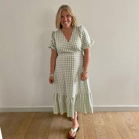 Green gingham - yes please  New look dress   #LTKstyletip #LTKeurope