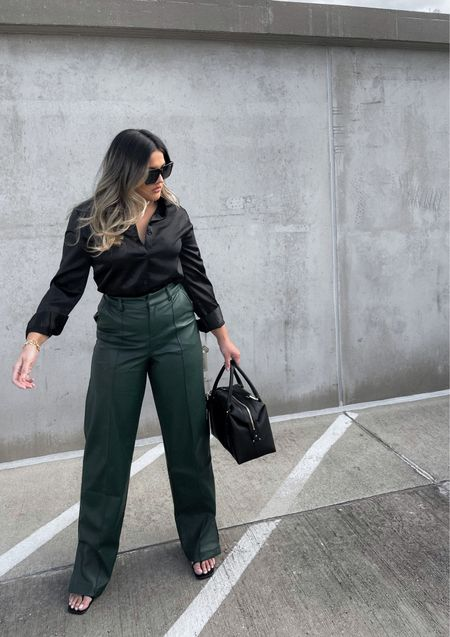 Two things I'm currently loving: green and leather 🖤💚 use code STEPHANIEROSE30 to save $30 on your first Italic purchase!   #LTKfit #LTKitbag #LTKstyletip