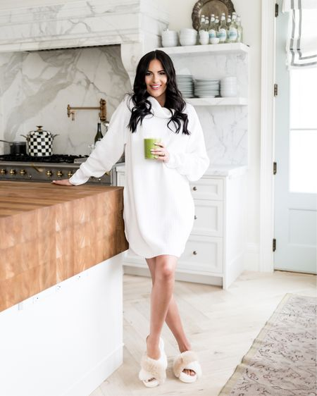 Sharing my go-to morning glow smoothies on RP.com today! It's an easy way to get all your greens in and I put collagen in it to help my skin and nails! Shop my cozy home look from @amazonfashion! http://liketk.it/37xMH #liketkit @liketoknow.it  #getyourglowback #amazon #ad #newyearsintentions