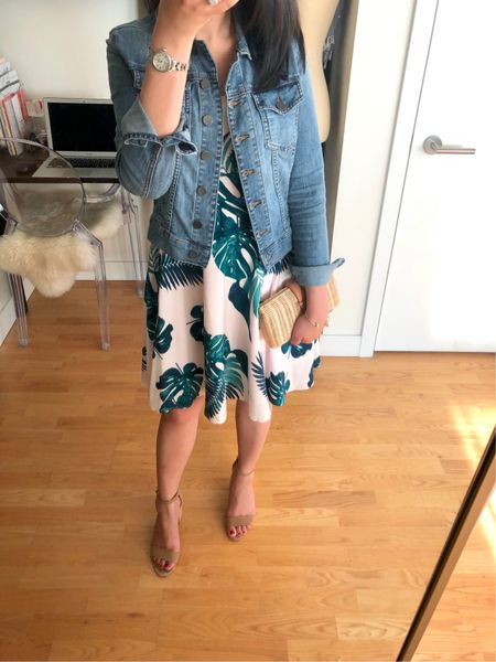 🌴 I'm a fan of palm print for the simmer and this dress (I took size XS regular and it has adjustable straps) is on sale for under $20 at Old Navy! Use code FIREWORKS for 20% off your entire purchase. I linked to this dress and other palm print items I just ordered to try @liketoknow.it http://liketk.it/2wpdX #liketkit #LTKsalealert   #LTKstyletip #LTKshoecrush #LTKunder50 #LTKunder100