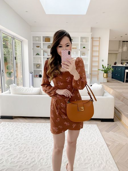 Fall ready date night dress! Love these Autumn tones - I took a size small ✨❤️