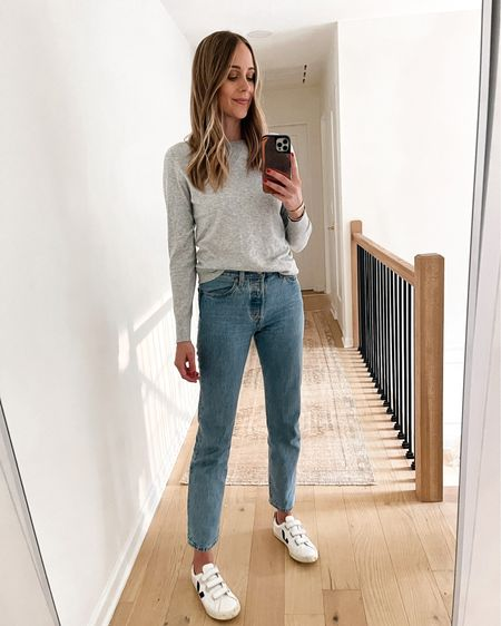 Amazon fashion sweater, amazon finds, Levi's jeans, Veja sneakers #falloutfit #amazonfinds #amazonfashion #amazonsweater   #LTKstyletip #LTKunder50 #LTKunder100